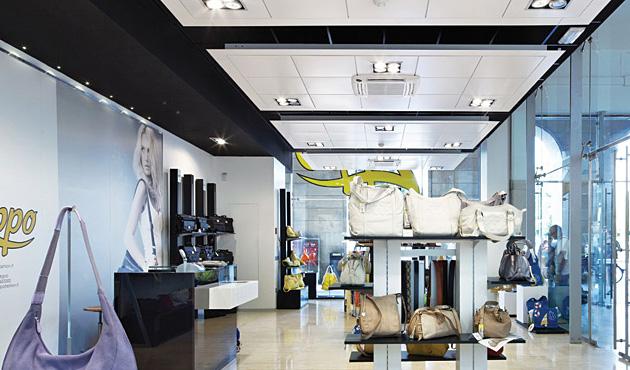 Faux plafond pour magasins