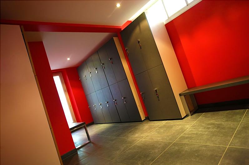 Rénovation salle de sport et vestiaires